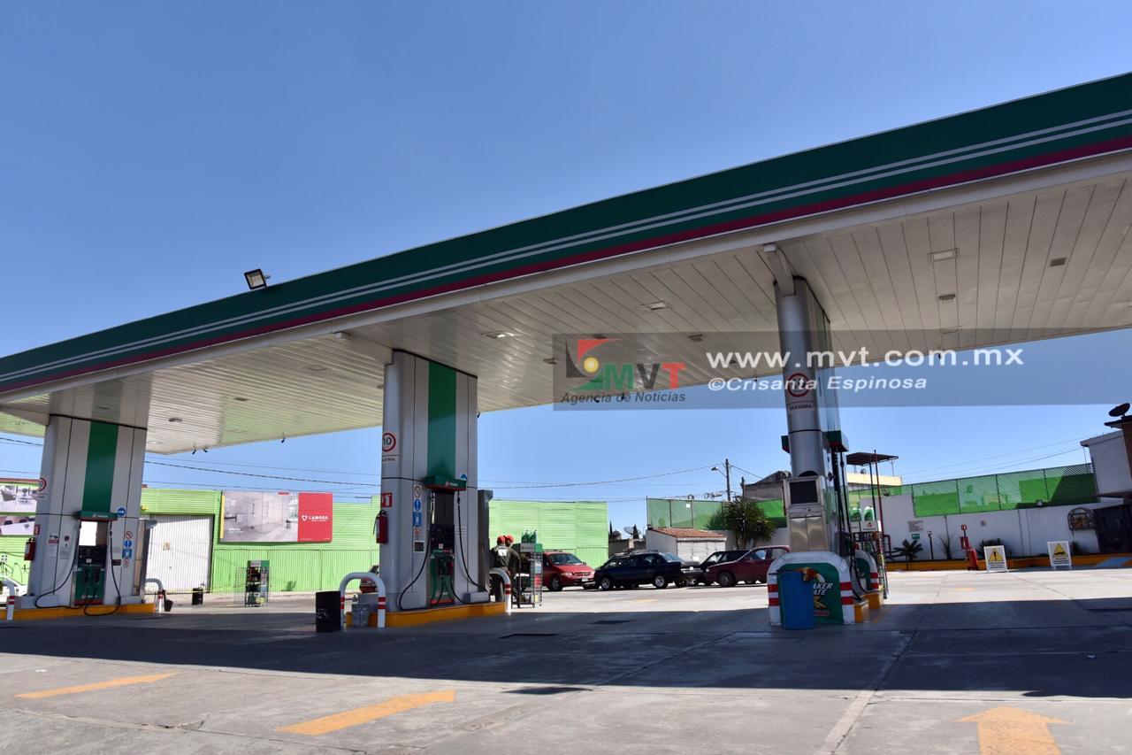 Reportan escasez de combustible en el valle de Toluca