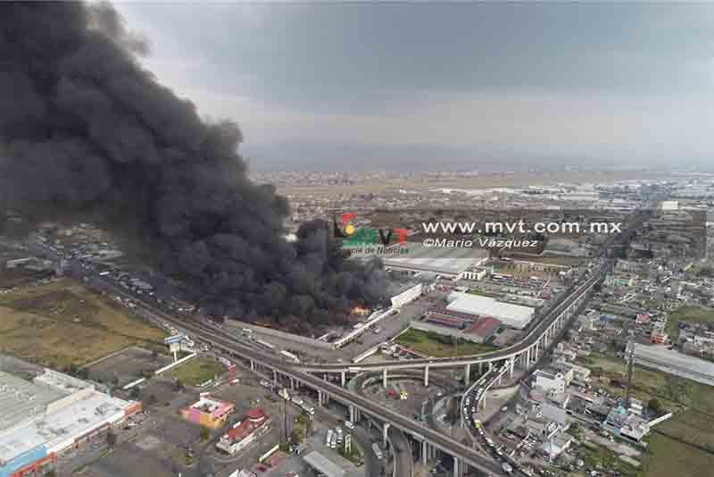 Incendia bodega cerca de Plazas Santín