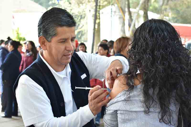 Aplican más de dos millones de vacunas contra la influeza