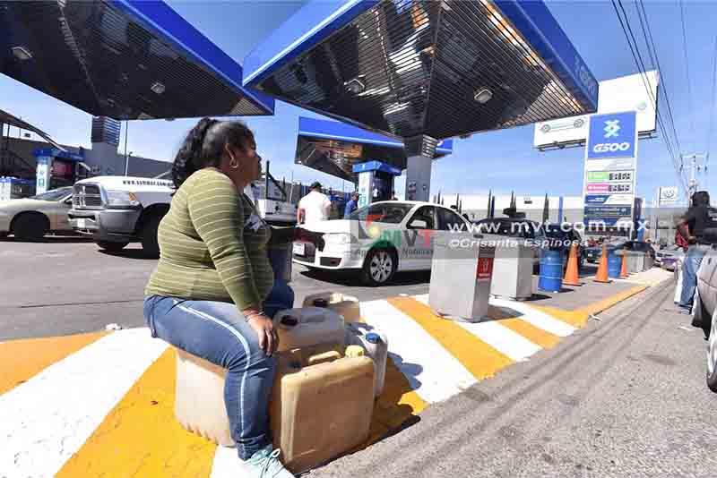 Prevén incremento de uso de transporte público por desabasto