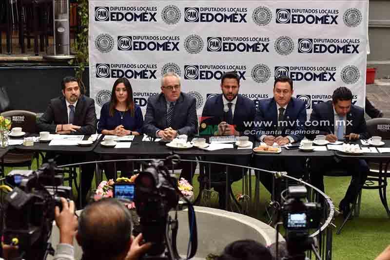 Rechazan diputados del PAN matrimonio igualitario en Edoméx