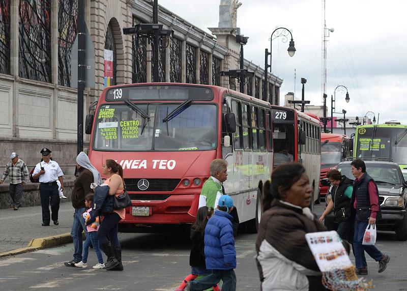 El control político ha impedido el desarrollo del transporte: Lourdes Garay