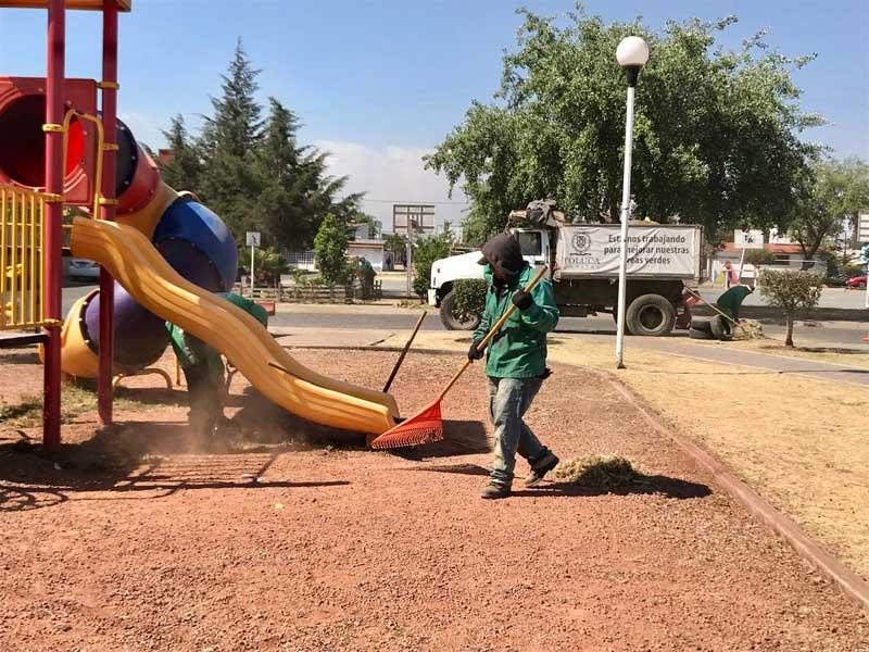 Rehabilita y brinda Toluca mantenimiento a juegos infantiles