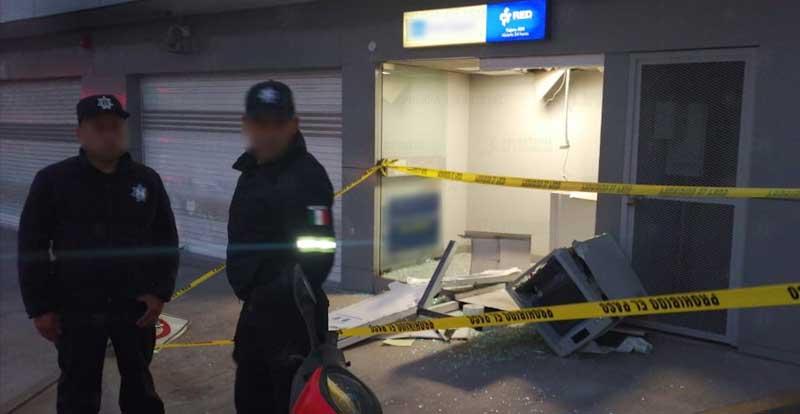 Casi se roban un cajero automático