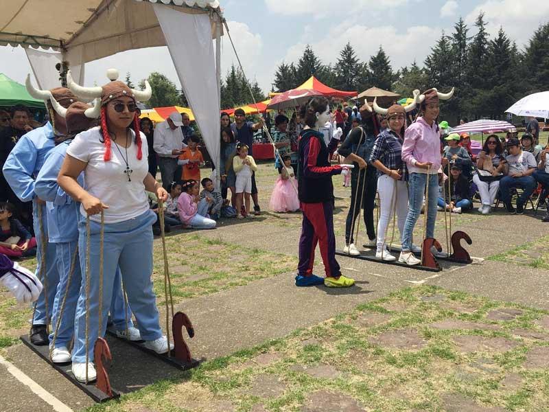 Festival Medieval inunda de brujas, hechiceros, princesas y caballero al Centro Cultural Mexiquense