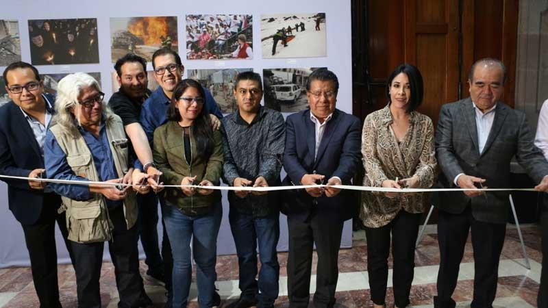 Inauguran expo de fotoperiodismo estatal en la Legislatura