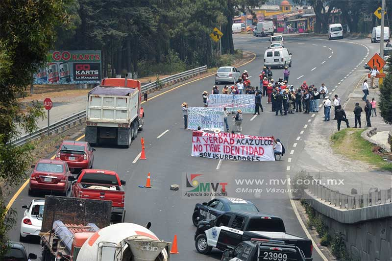 Más de tres horas bloquearon la México Toluca representantes indigenas de Ocoyoacac