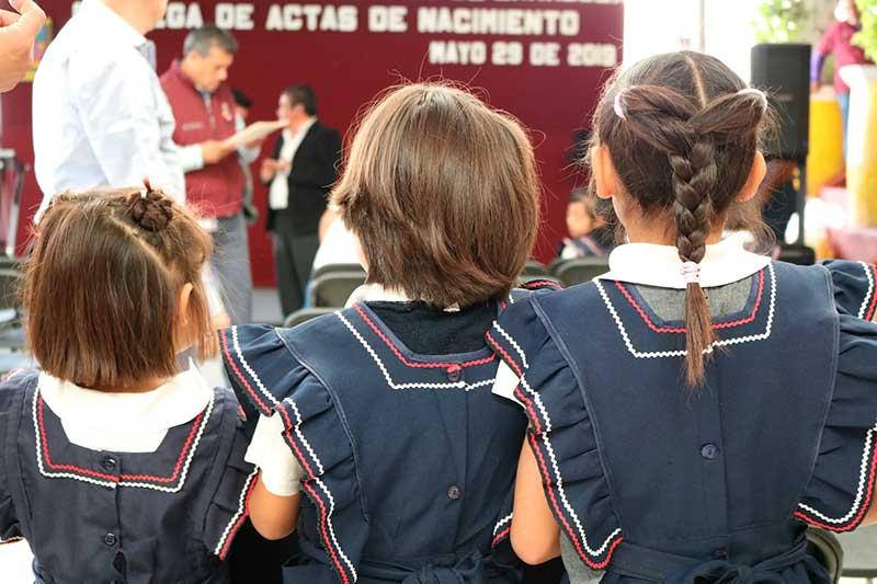 Registro Civil otorga certeza jurídica a niñas huérfanas