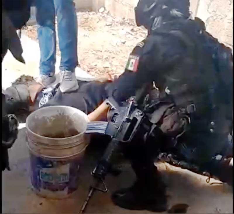 Agentes rescatan a un hombre secuestrado y capturan a 6 sujetos en la Toluca - Naucalpan