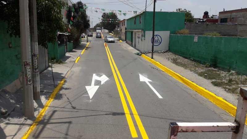 Renuevan señalamiento vial en calles en Toluca