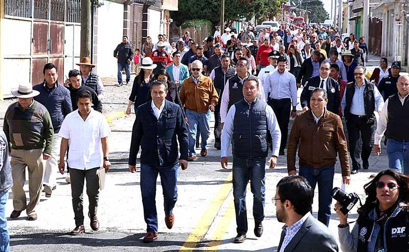 Juan Rodolfo visita Tlachaloya y delegaciones de la zona norte