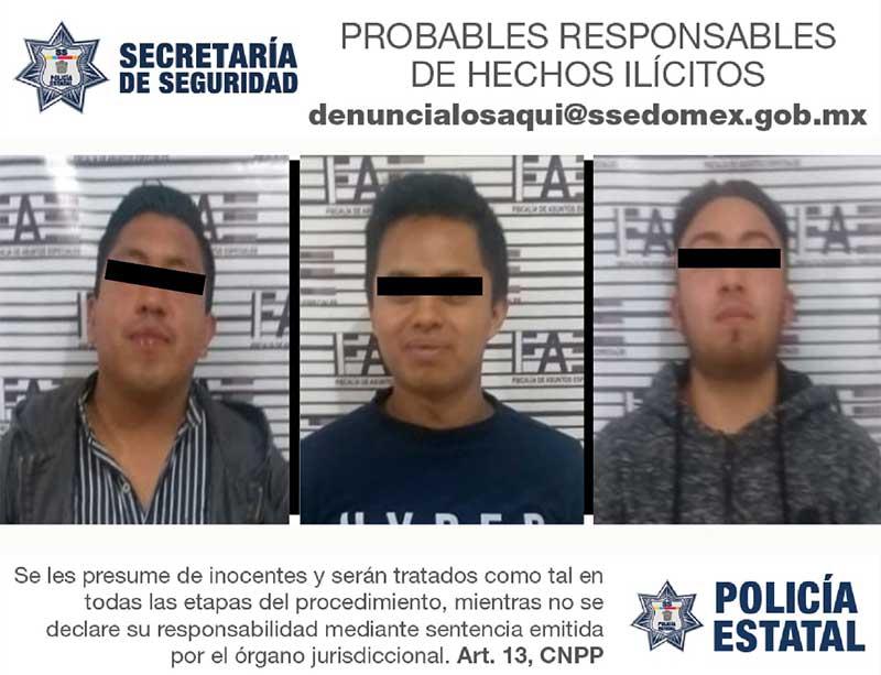 Detienen a 3 sujetos cerca de la terminal con 76 celulares presuntamente robados