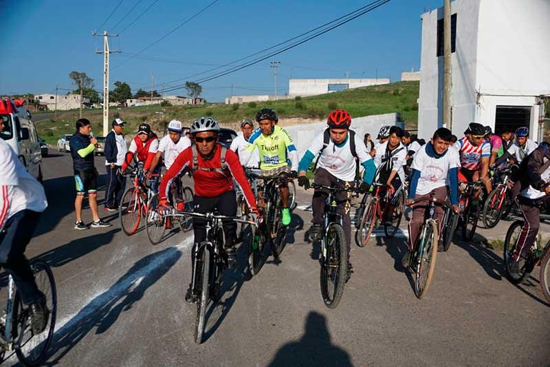 """Más de 300 ciclistas en la primera carrera de """"Ciclismo de Montaña 2019"""" de Almoloya de Juárez"""