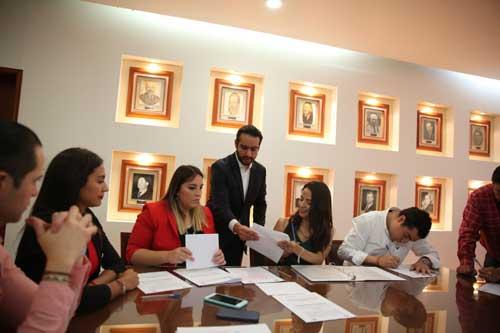 Se registran siete fórmulas a la dirigencia de la Red Jóvenes x México