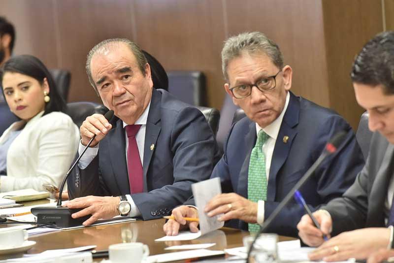 Diputados de Morena se reunen con autores de las inciativas de Reforma a la UAEMéx