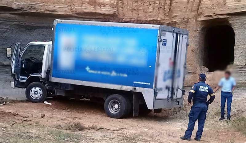 Policías rescatan a repartidor de lácteos secuestrado en Atlacomulco
