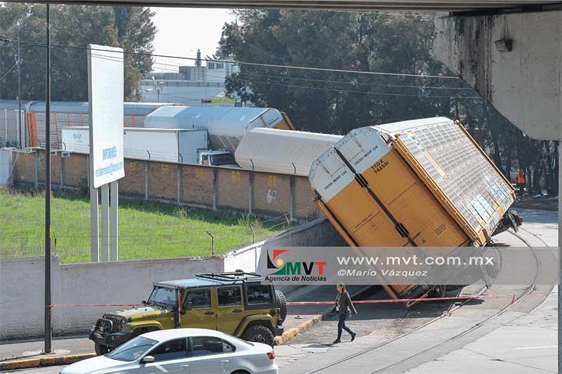 Descarrilan vagones del tren en Toluca