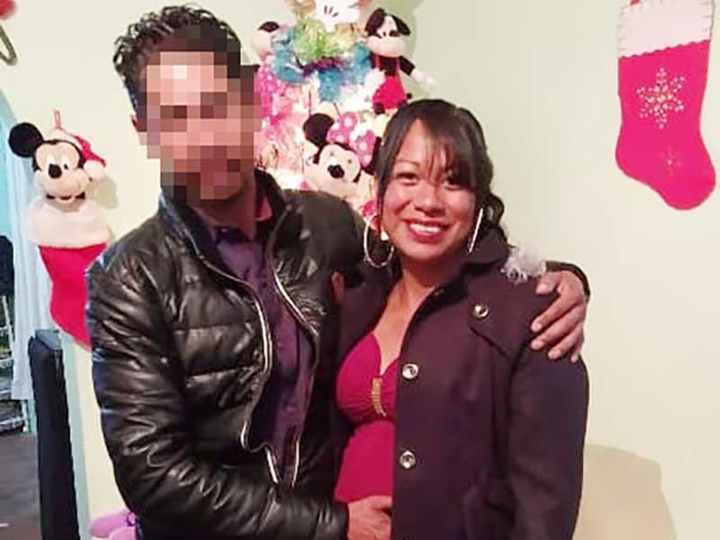 Disparó contra su esposa, la abandonó en un hospital donde murió y está prófugo