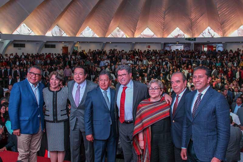 Los senadores Higinio Martínez y Martha Guerrero rinden su primer informe