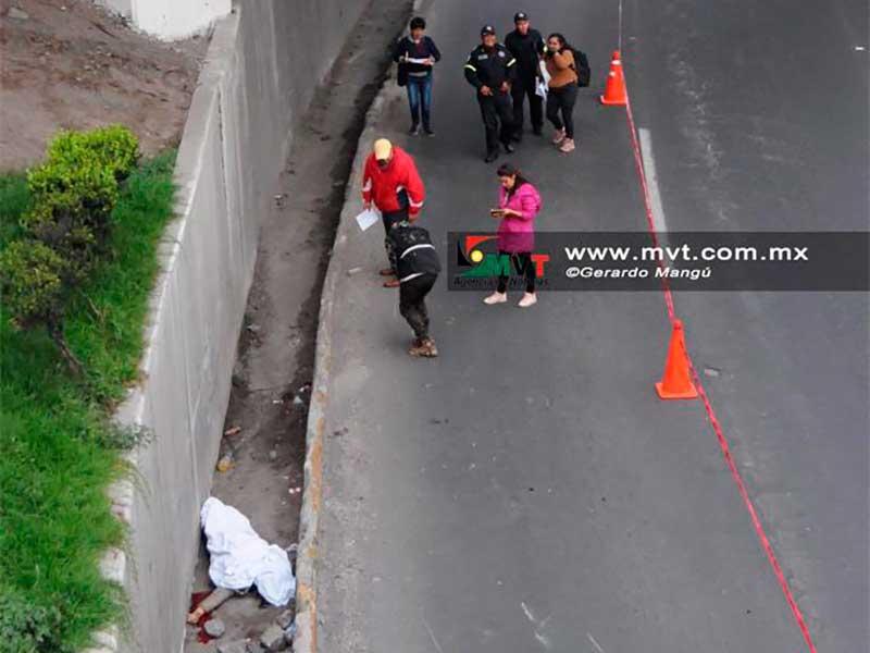 Muere motociclista en puente deprimido de Av. Alfredo del Mazo
