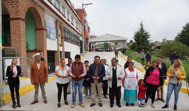 Mejores calles y ampliación del alumbrado público para los almoloyenses
