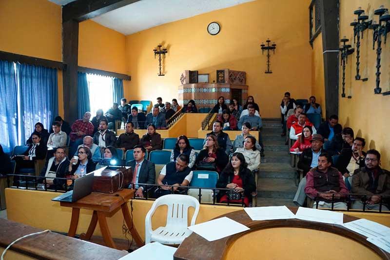 Servidores públicos de Almoloya de Juárez se capacitan en Mejora Regulatoria