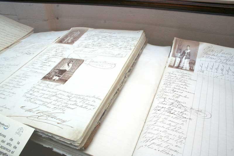 Diputados de Morena plantean una ley para preservar el patrimonio documental