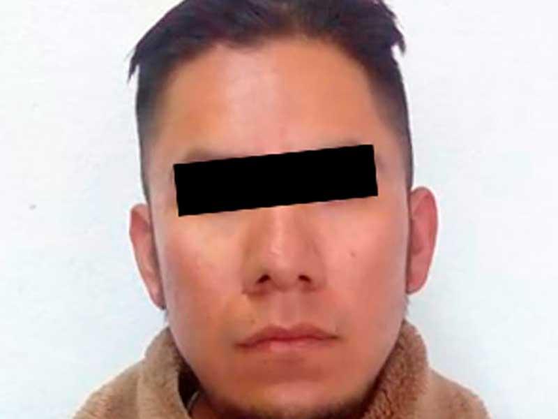 Detienen a sujeto con dos pistolas, cargadores y cartuchos en Atlacomulco