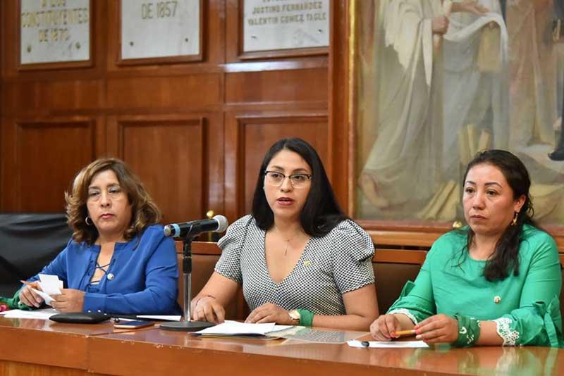 Despenalización del aborto es una exigencia social: Diputadas de Morena