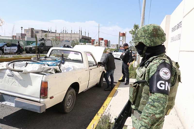 Despliegan efectivos de la Guardia Nacional a la zona norte de Toluca en operativo conjunto