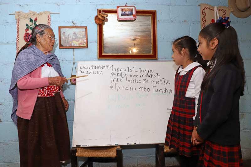 El pueblo Tlahuica conserva su lengua materna a través del canto