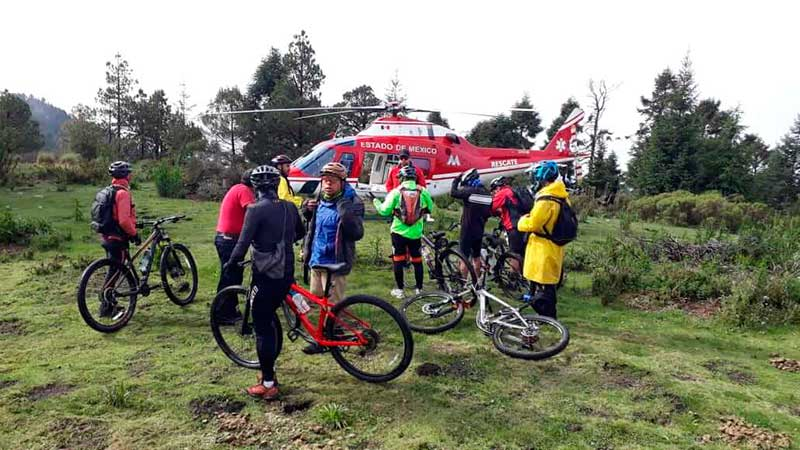Ciclistas extraviados ayer en el Xinantécatl son rescatados por helicópteros