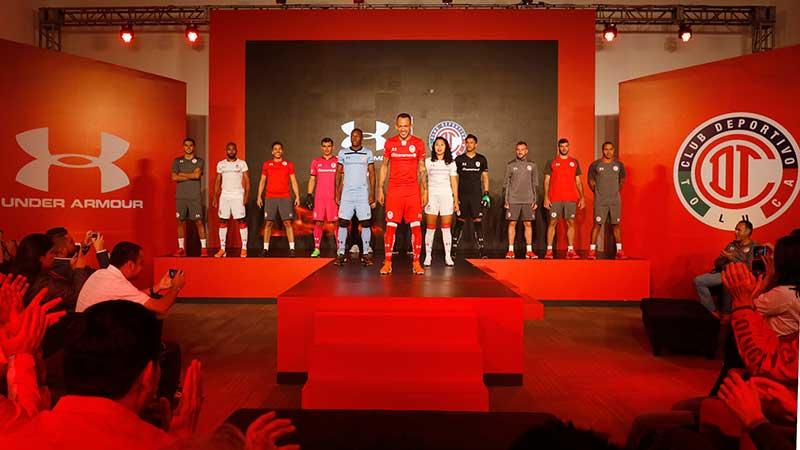 Presentan nuevos uniformes del Deportivo Toluca