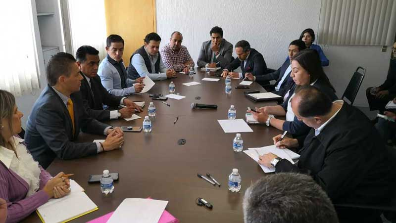 Autoridades buscan dar orden en el corredor comercial de Venustiano Carranza