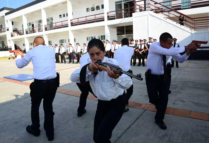 Continúan obras de mejoramiento de la Academia de Policía de Toluca