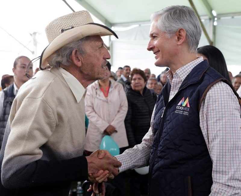 Alfredo del Mazo entrega casas de día para el adulto mayor en 48 municipios del Edoméx