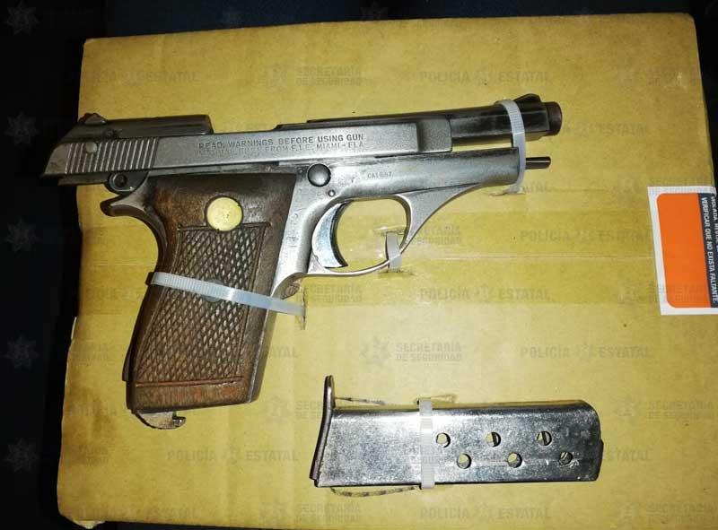 Vendía armas en grupos de Facebook y fue detenido en Calimaya
