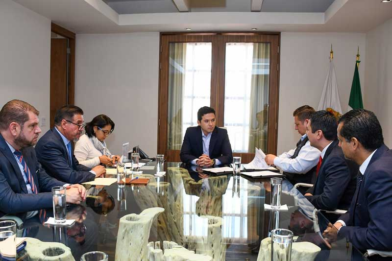 Gobierno del Edoméx, CFE y municipios firman convenio de electrificación