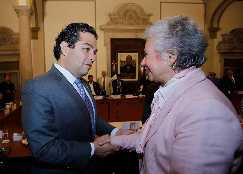 Enrique Vargas participa en segunda reunión municipalista
