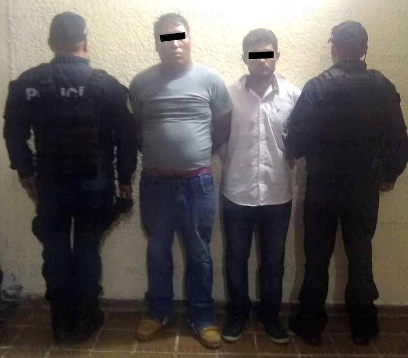 Policías detienen a extorsionadores en Valle de Bravo