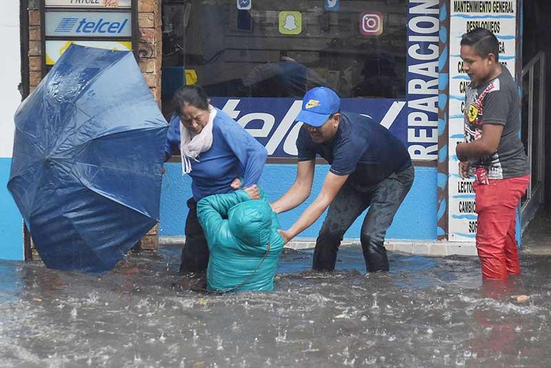 ¡Llovió como nunca en Toluca!