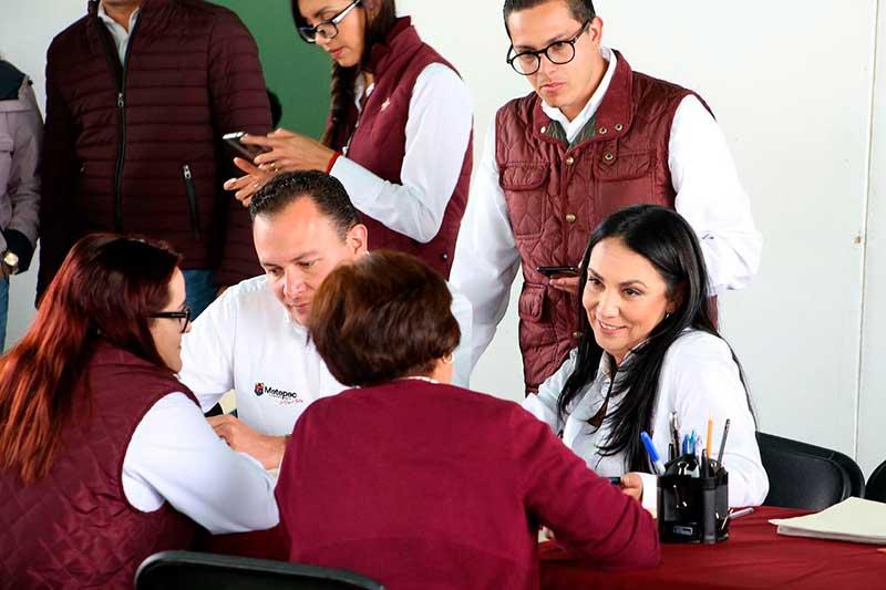 Se realizan audiencias públicas en el barrio de Cuaxustenco, Metepec