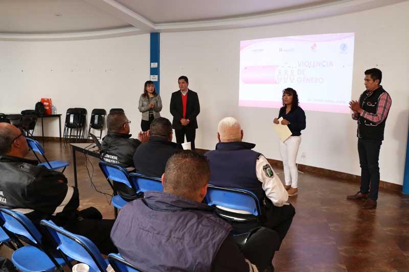 En Huixquilucan, se capacita a la policía para combatir la violencia de género