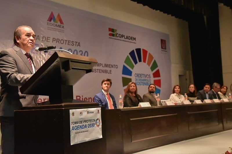 Maurilio Hernandez llama a pasar de la conciencia a la acción para resolver la desigualdad