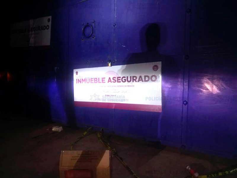 Policías catean domicilio de Zinacantepec y recuperan mercancía robada