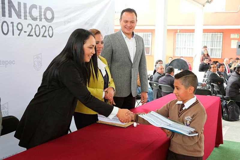 En Metepec regresaron a clases más de 50 mil 500 alumnos