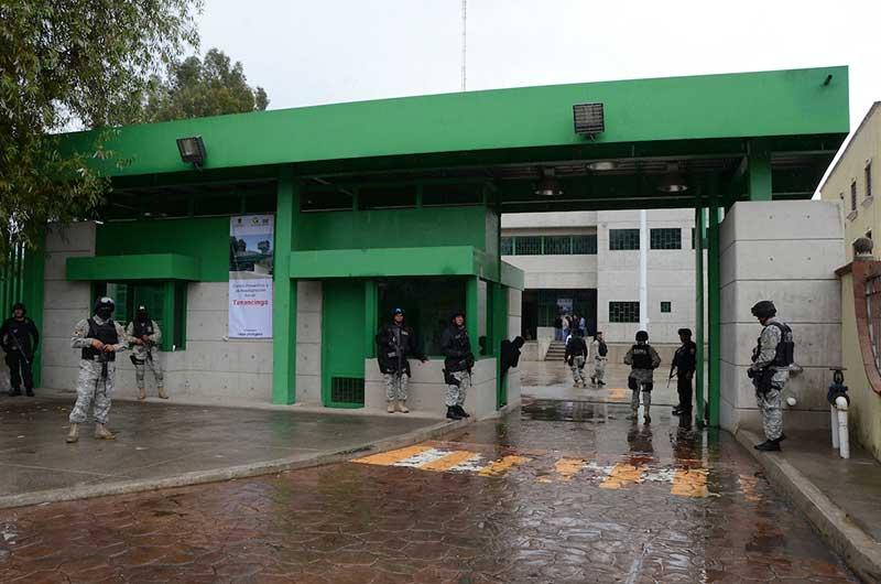 Frustran fuga de reos en el penal de Tenancingo, hay un custodio herido de bala
