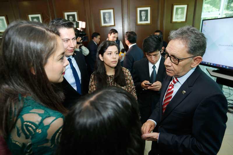 Contralor universitario deberá privilegiar la objetividad por encima de las ideologías: Alfredo Barrera