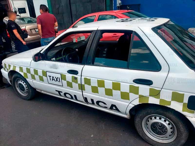 Policías rescatan a secuestrado de un taxi y detiene a 4 en Amanalco