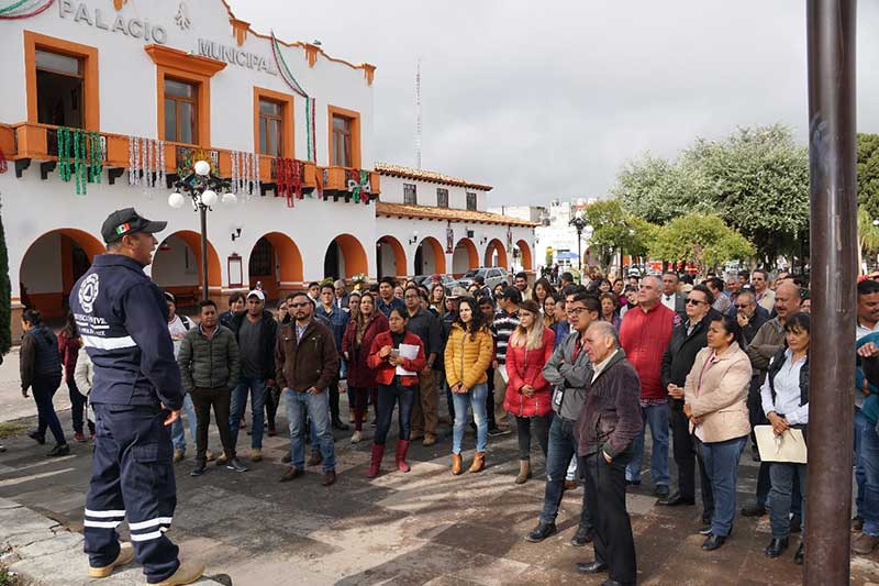 Almoloya de Juárez realiza macrosimulacro por los sismos del 19 de septiembre de 1985 y 2017